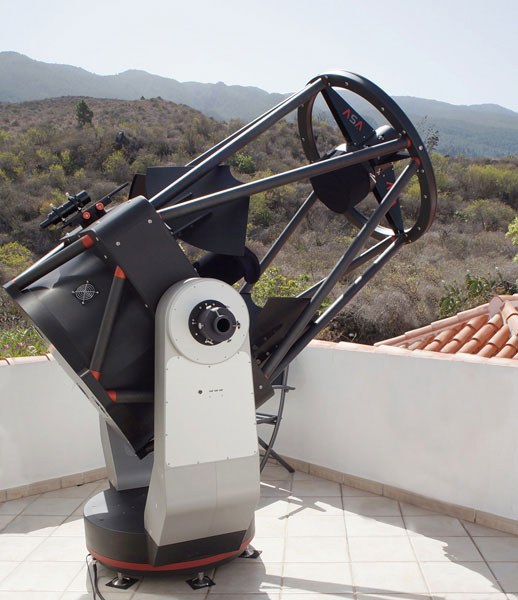 The AltAz AZ800 telescope.